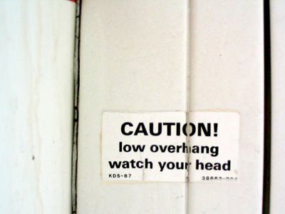chinglish-Watch your head