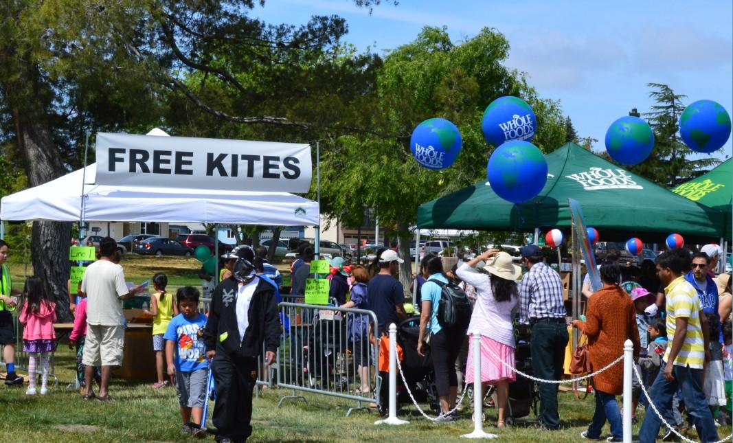 Fremont Kids and Kites Festival free kites