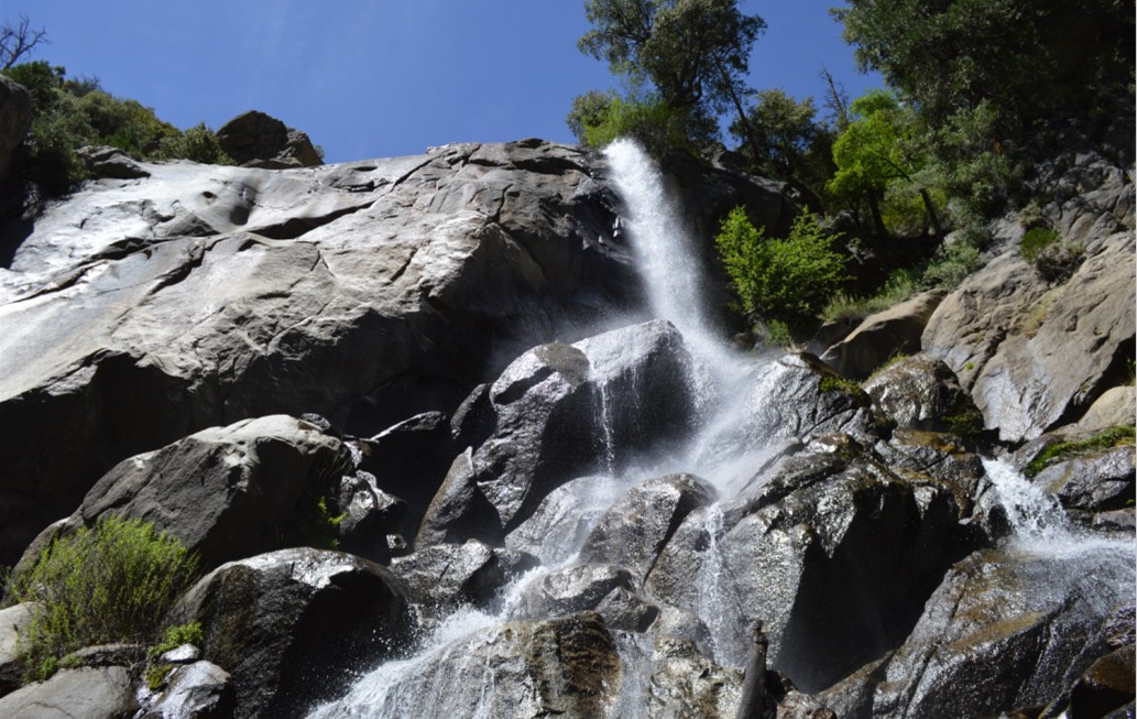 Grizzly Falls_full width_kings canyon