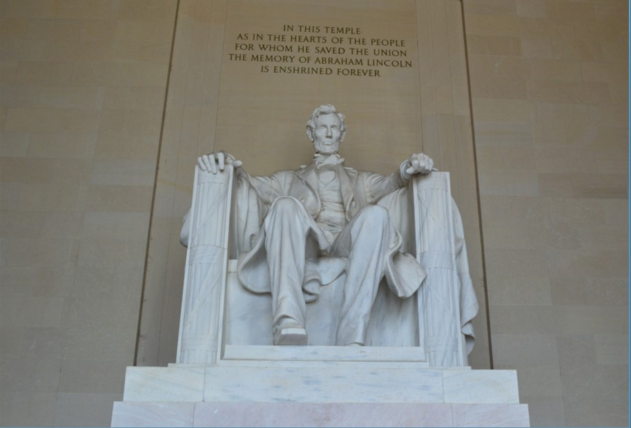 washington-dc-Lincoln Memorial-lincoln