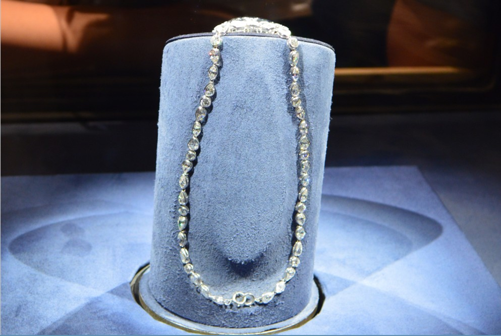 washington-dc-The National Museum of Natural History_hope diamond-chain