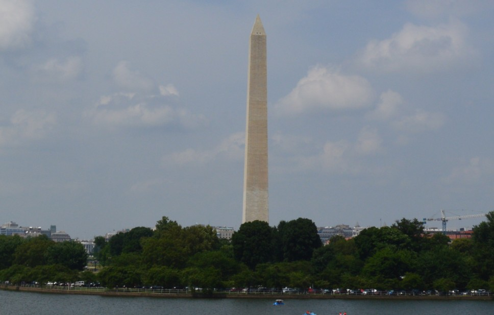 washington-dc-washington monument fromThomas Jefferson Memorial