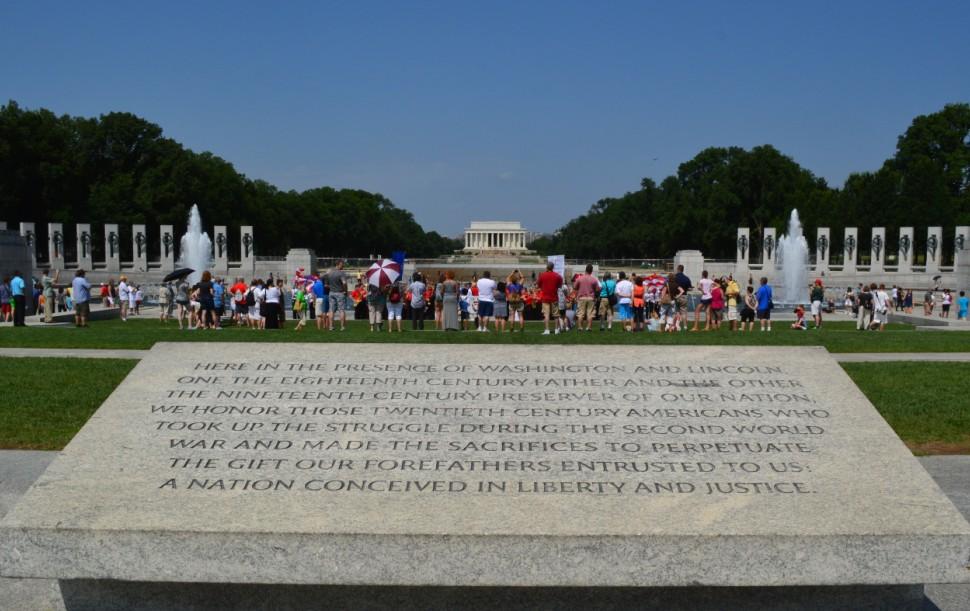 washington-dc-world war II memorial